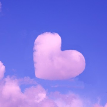 pink-heart-cloud-640x360